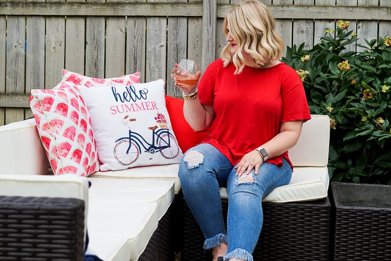 Cheers Delivered with Winc! Monthly Wine Subscription Box Review