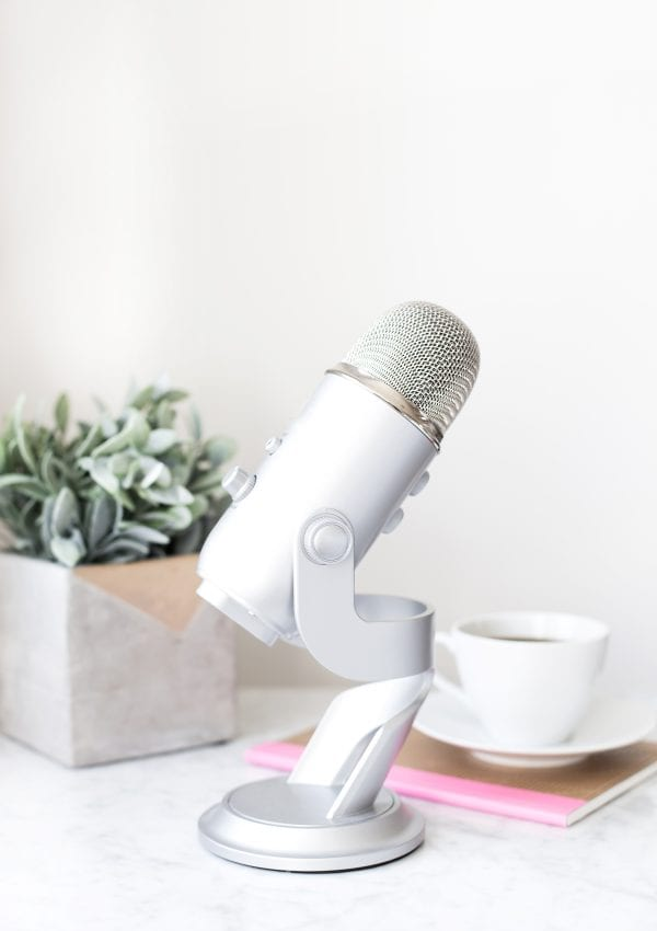 5 Podcasts that every Creative Entrepreneur needs to hear!