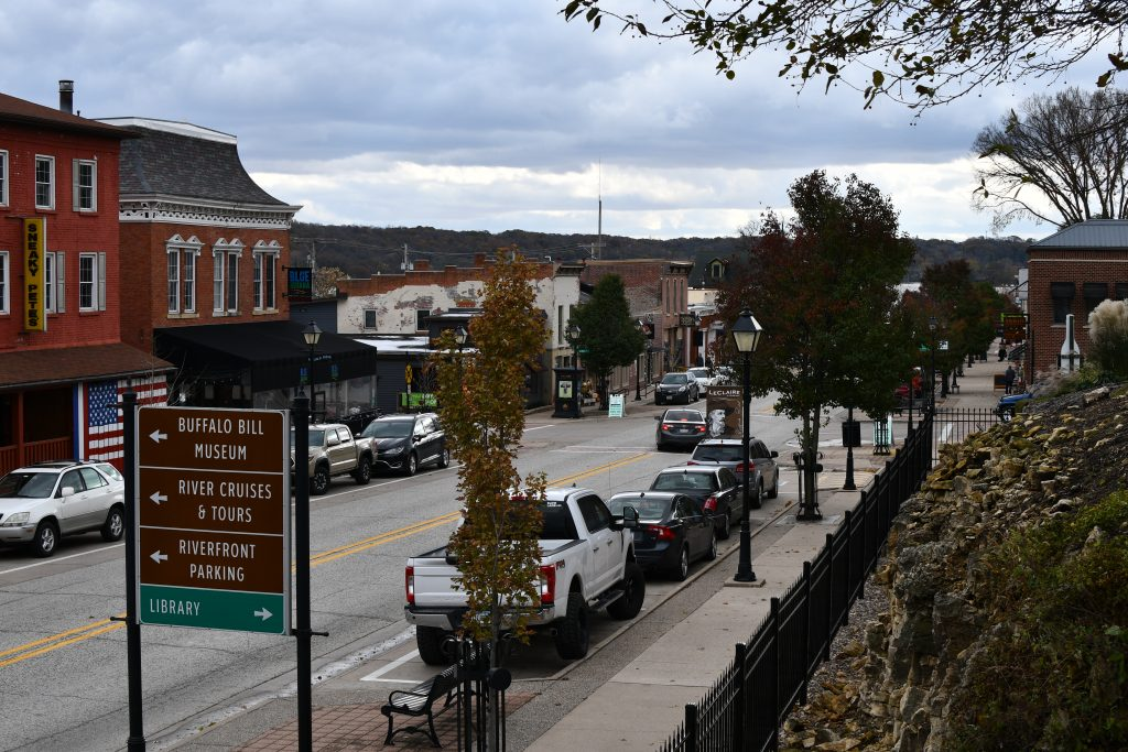 What to do in LeClaire Iowa