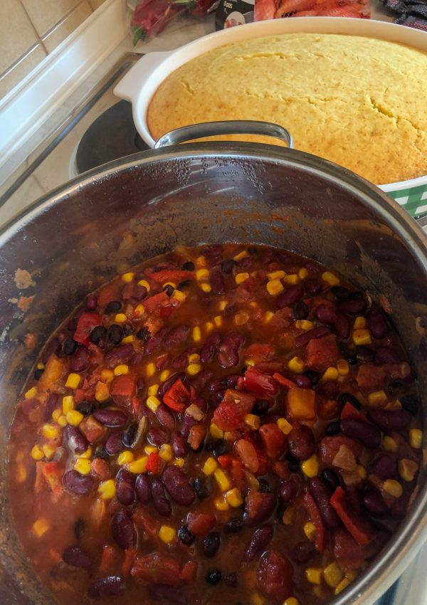 Super Easy Chili & Cornbread Recipe