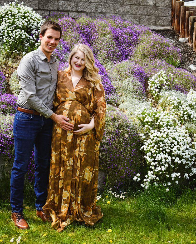 DIY Outdoor Maternity Photos