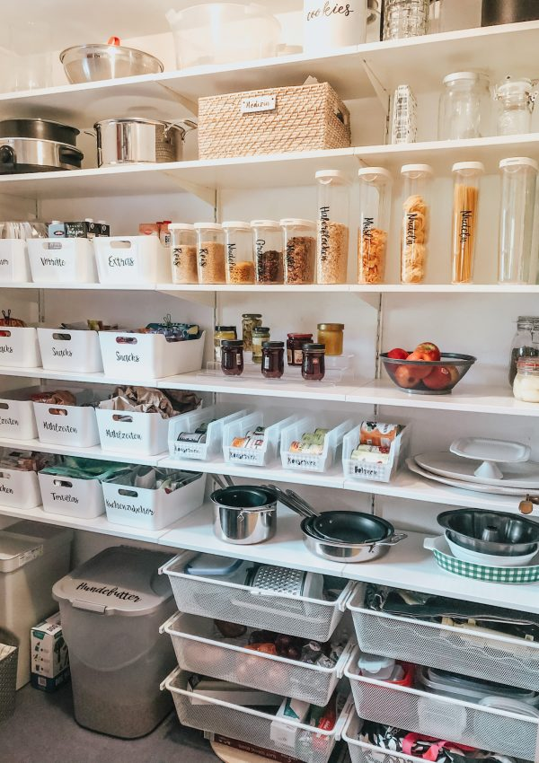 Kitchen Pantry Makeover